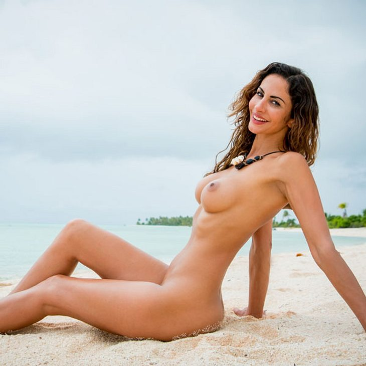 Janina Youssefian Adam sucht Eva 2016 nackt