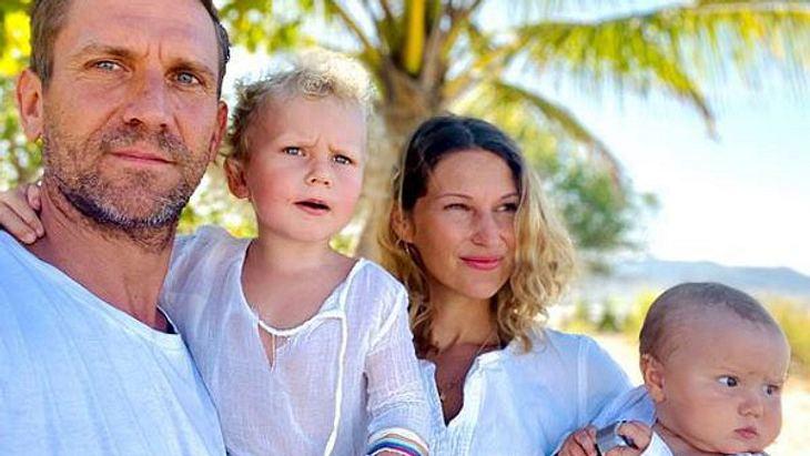 Peer Kusmagk, Janni Hönscheid und ihre Kinder