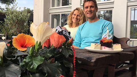 Janni und Peer: Heimliche Hochzeit? - Foto: Facebook/ Janni und Peer