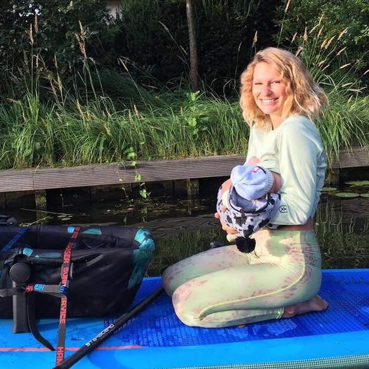 Janni Hönscheid & Peer: Paddeltour mit Baby-Söhnchen