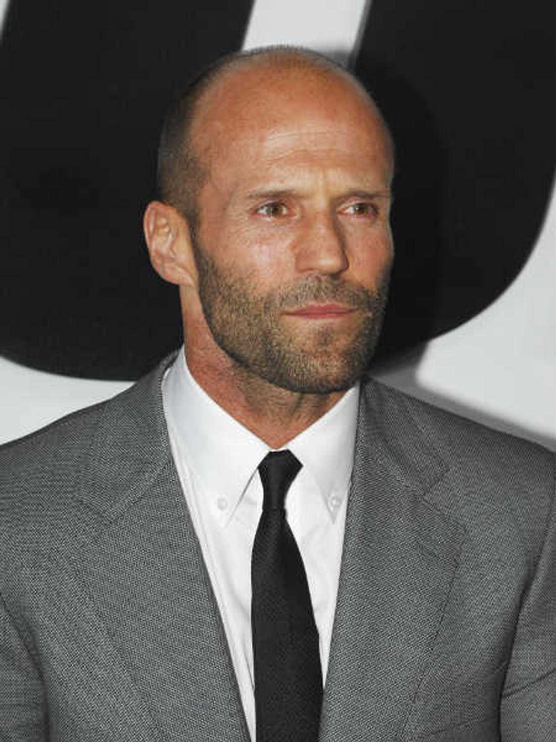 Jason Statham trat in ienem Musikvideo der 90er auf.