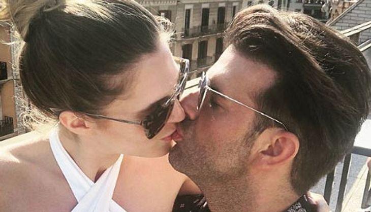 Jay Khan hat eine neue Freundin