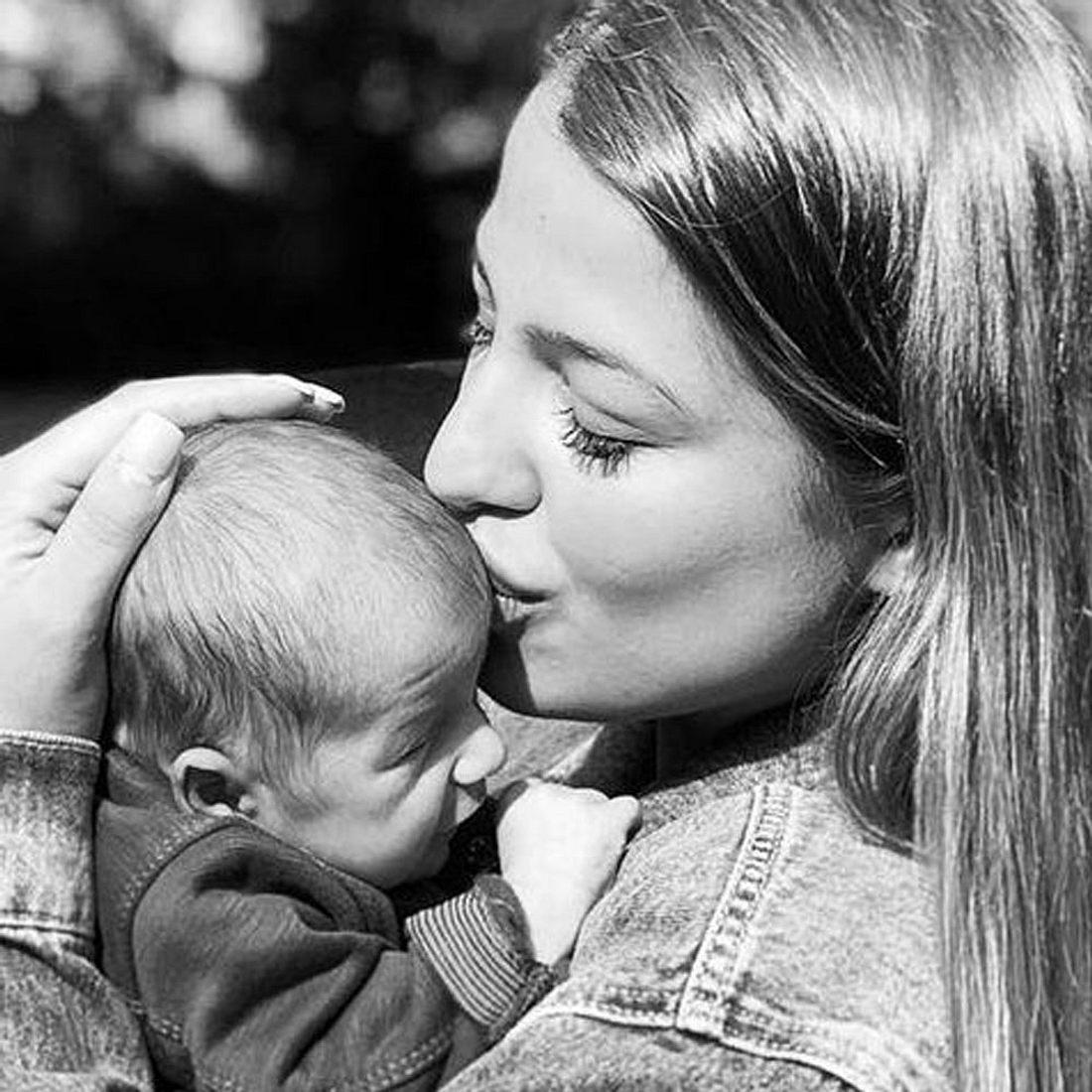 Jenefer Riili: So dramatisch war die Geburt von Baby Milan