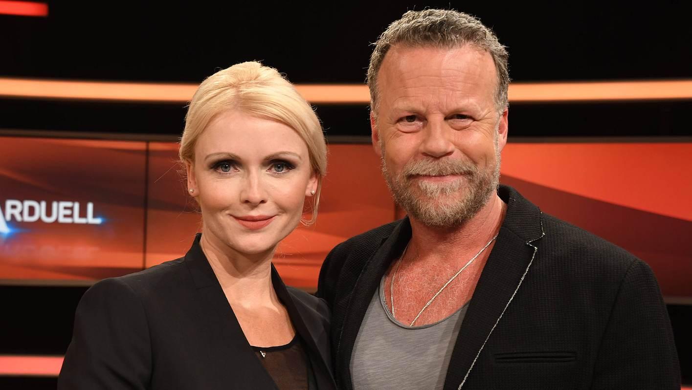 Jenke von Wilmsdorff mit Frau Mia Bergmann