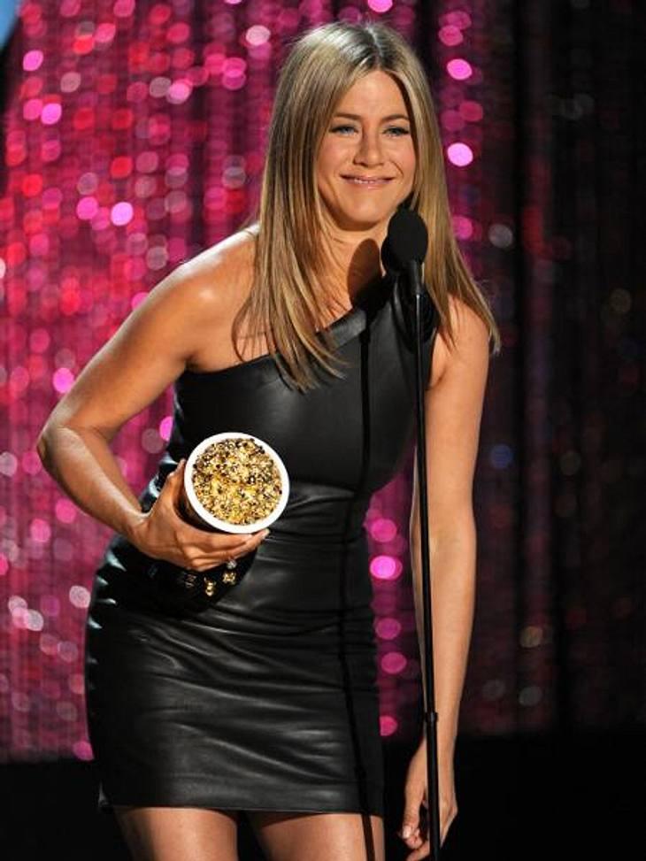 """Jennifer Aniston: Das beste Jahr ihres LebensBei den diesjährigen """"MTV Movie Awards"""" staubte Jennifer den Award """"Drecksack des Jahres"""" ab. Den Preis erhielt sie für ihre Rolle in dem Film """"Horrible Bosses"""", in"""