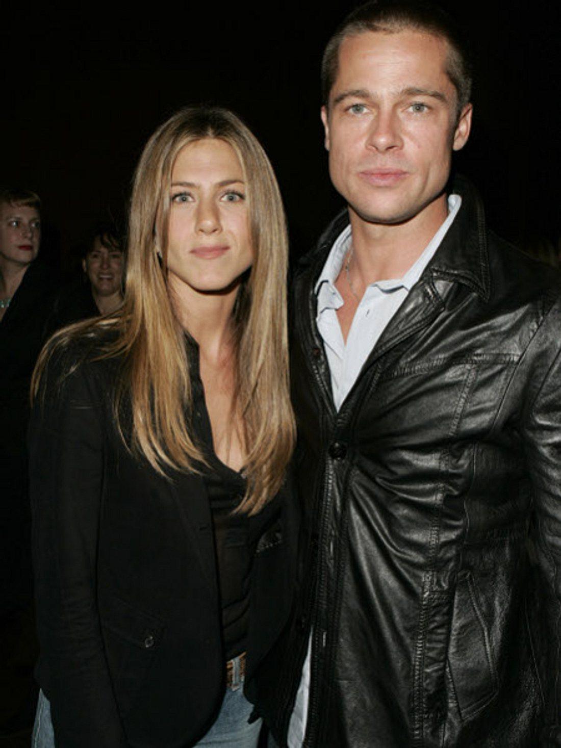 Das Liebeskarussell der Hollywood-StarsAber auch Jennifer Anistons Liebhaber-Liste ist nicht gerade kurz: Vier jahre lang war die Schauspielerin mit Brad Pitt (48) verheiratet, bevor der sie 2004 wegen einer anderen verließ...