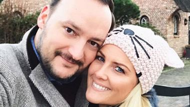 RTL-Moderatorin Jennifer Knäble hat sich verlobt - Foto: Facebook/ Jennifer Knäble