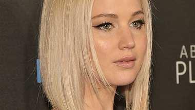 Jennifer Lawrence: Von ihren Eltern in Entzugsklinik verbannt? - Foto: Getty Images