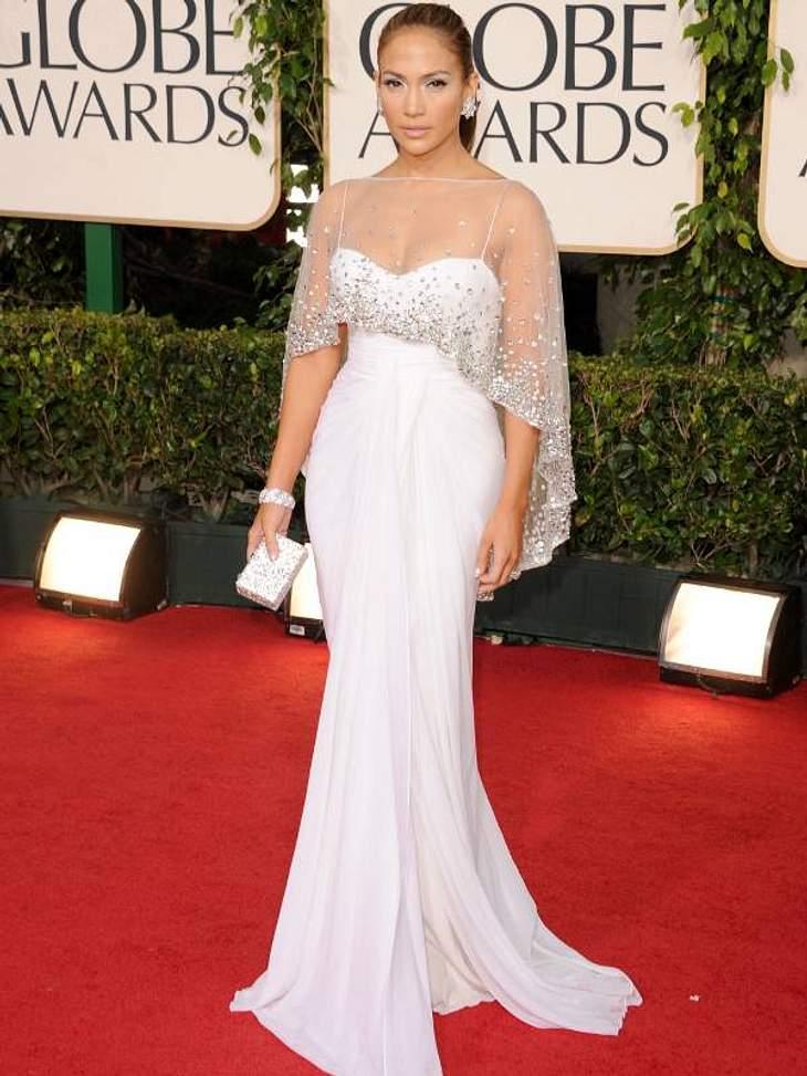 Die Luxus-Ballkleider der StarsHier ist  Jennifer bei den Globes und ebenfalls in Weiß.