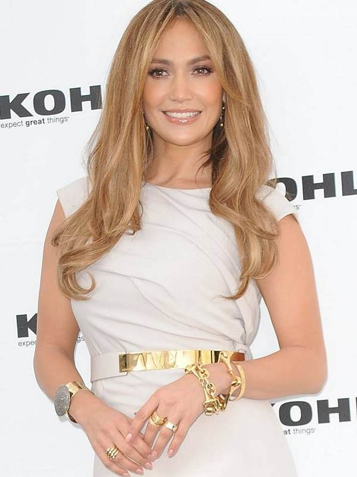 VIP-Diät-Tipps: Abnehmen wie die Stars Jennifer Lopez' Diät-Tipp: TrennkostVon Sport hält  La Lopez nichts, deshalb muss die Ernährung es richten. Ihren Babypfunden hat sie mit Trennkost den Kampf angesagt. Eiweißhaltige und kohlehydrathalt