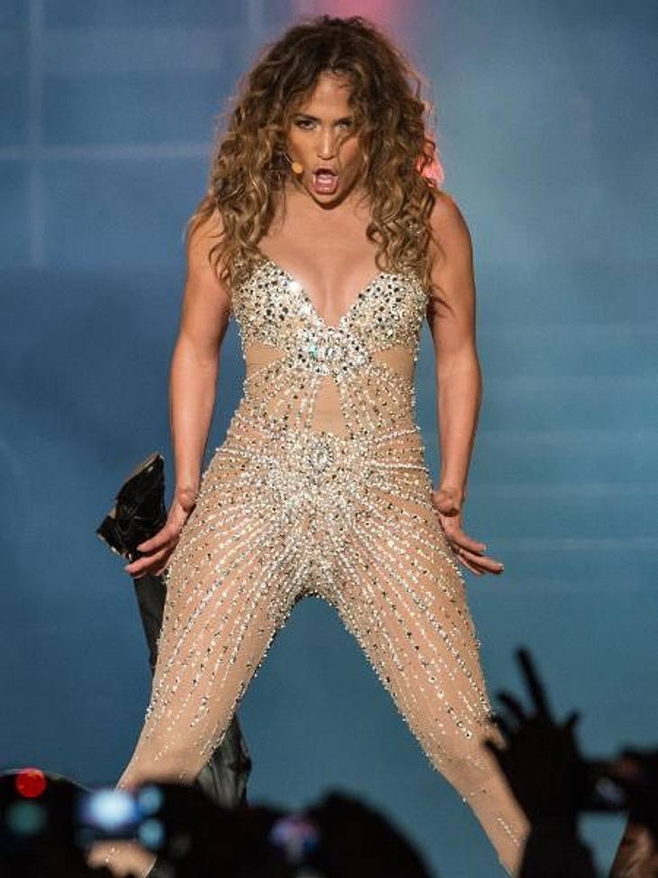 Die Sex-Tapes der StarsElf Monate war Jennifer Lopez (42) 1997 mit Ojani Noa (37) verheiratet. Nach der Scheidung drohte er damit, ein Filmchen, das während der Flitterwochen entstanden war, zu veröffentlichen. Ganz schön fies!J.Lo klagte g