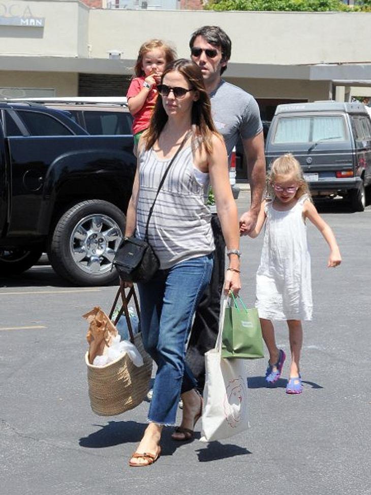 Auf diesem Bild von Mai ist der Bauch schon deutlich zu erkennen: Jennifer Garner und Ben Affleck bekommen ihr drittes Kind.