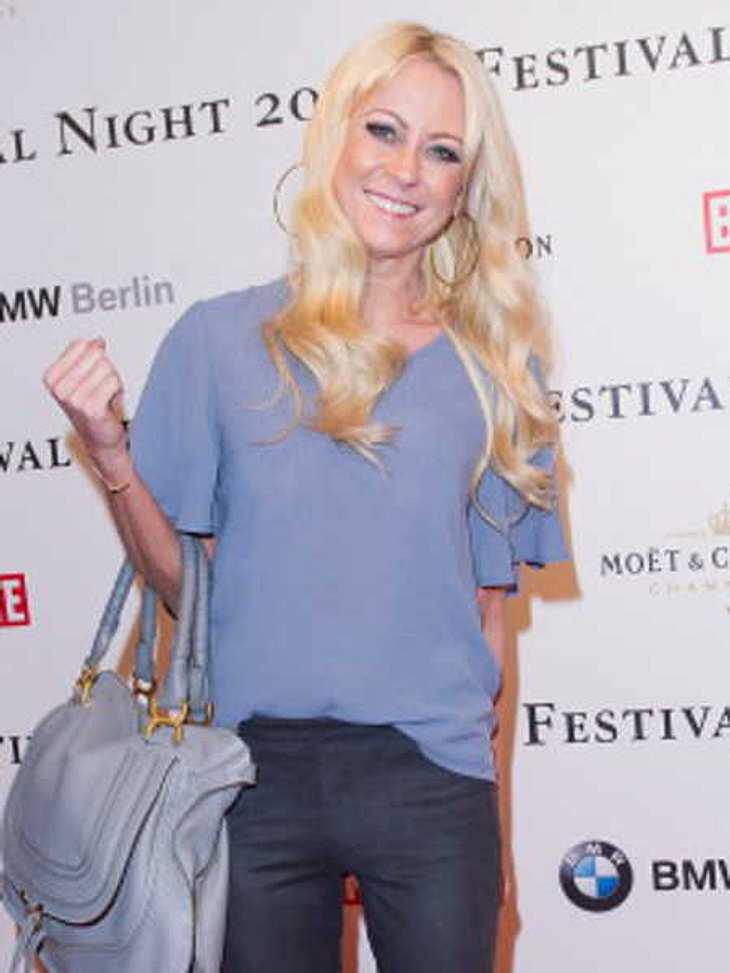 """Jenny Elvers ist bei """"Promi Shopping Queen"""" Expertin für Etikette"""