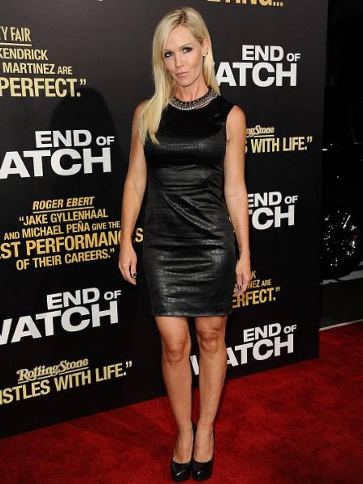 """Latex, Leder, Lack: Die Stars stehen auf den Fetisch-LookOben ganz züchtig, unten Mini: """"Beverly Hills, 90210""""-Star Jenny Garth (40) hat den verführerischen Look perfektioniert."""