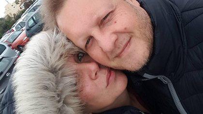 Wie krank ist seine Frau Daniela wirklich?