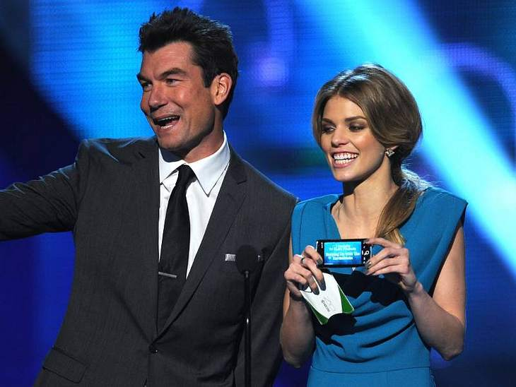 """People's Choice Awards 2011Jerry O'Connell (""""Crossing Jordan"""") und AnnaLynn McCord hielten die Laudatio für die beliebsteste TV-Sünde bei den People's Choice Awards.People's Choice Awards 2011"""