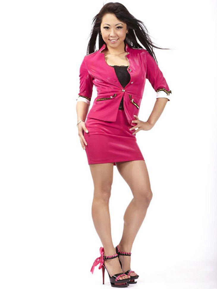"""Physikstudentin Jinjin Harder (28) suchte 2012 ihr Liebesglück beim """"Bachelor"""". Danach standen der attraktiven Asiatin alle Türen offen Die gebürtige Chinesin arbeitet seitdem erfolgreich als Schauspielerin und Model."""