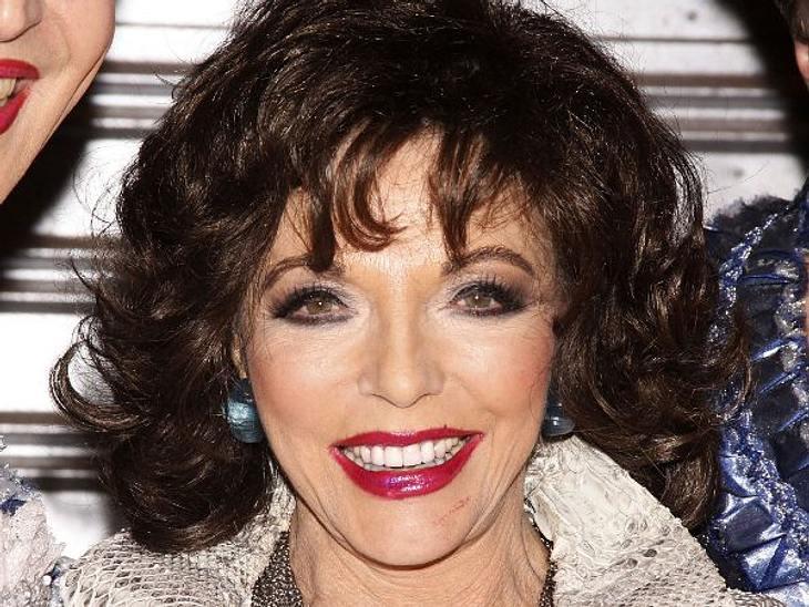 Die Make-Up-Pannen der StarsJoan Collins (79) ist nicht mehr die Jüngste. Da kann die Lippenkontur auch mal nicht ganz dort sitzen, wo sie hingehört.