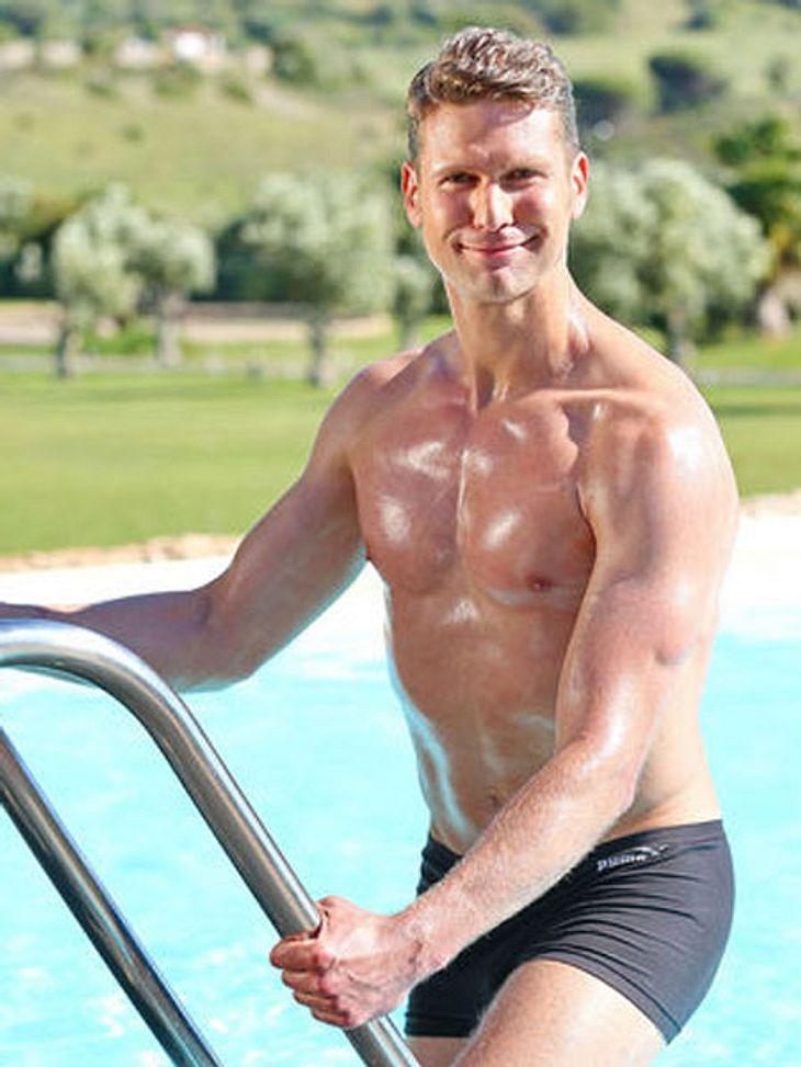Name: Johannes S.Alter: 37Größe: 1,88 MeterWohnort: BerlinJob: Facharzt für Unfallchirurgie und OrthopädieHobbys: Reisen, Marathon, Triathlon, Fun-Sport