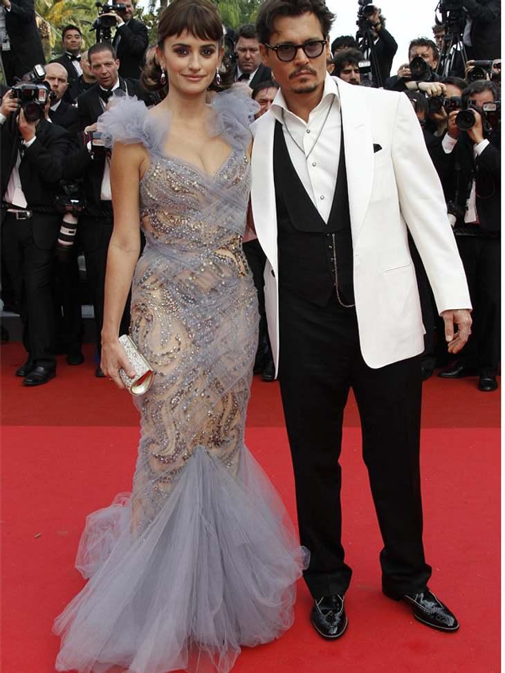 """CannesJohnny Depp und Penelopé Cruz stellen ihren neuen Film """"Fluch der Karibik 4"""" vor. Johnny Depp kam ohne seine Lebensgefährtin Vanessa Paradis."""
