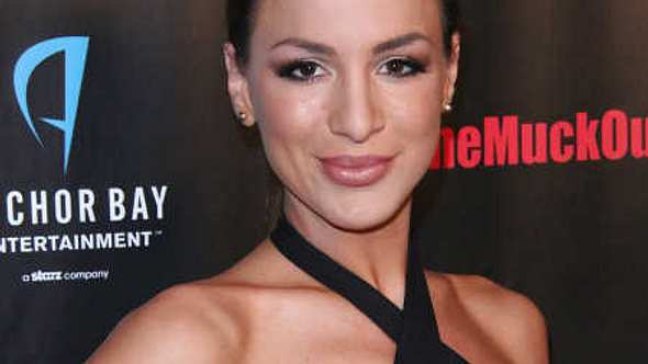 Yoga-Jordan Carver trifft Playboy-Chef Hugh Hefner! - Foto: Getty Images