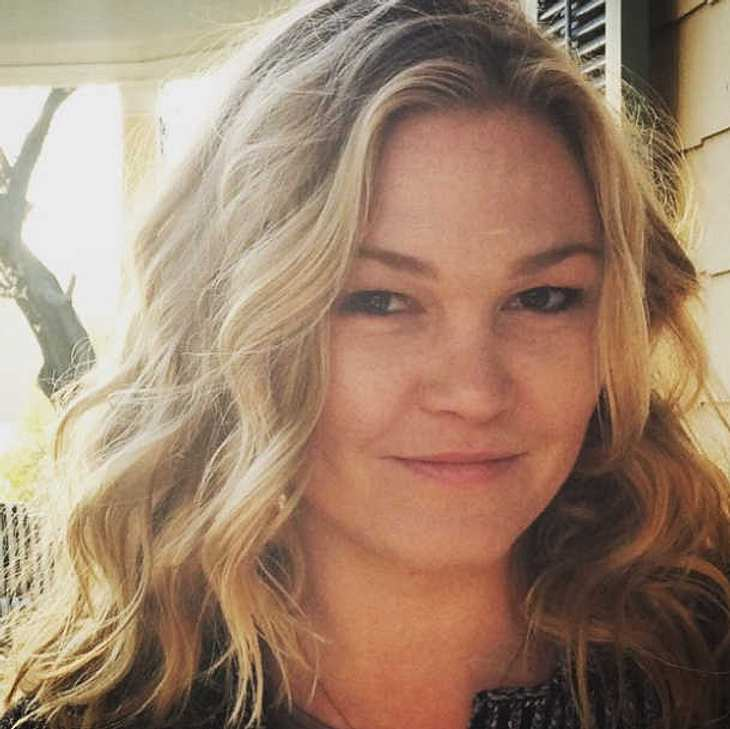 Julia Stiles verlobt
