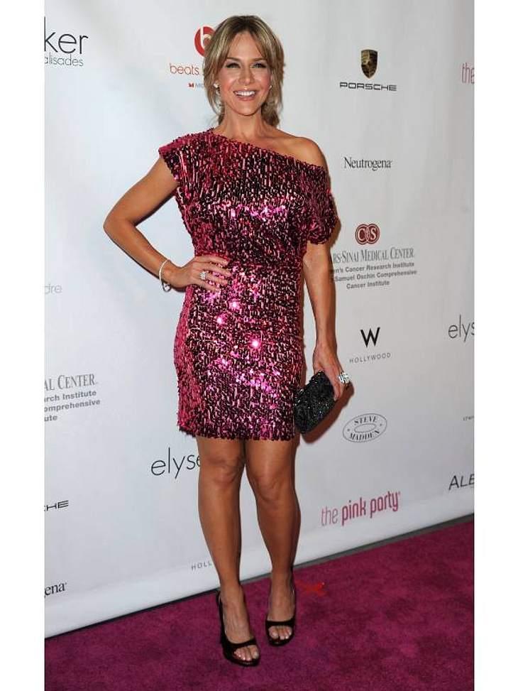 """Pailletten-Abendkleider: Julie Benz (38, """"Dexter"""", """"Saw V"""") im Wow-Kleid - Pink und Glitzer: der Traum einer jeden Frau."""