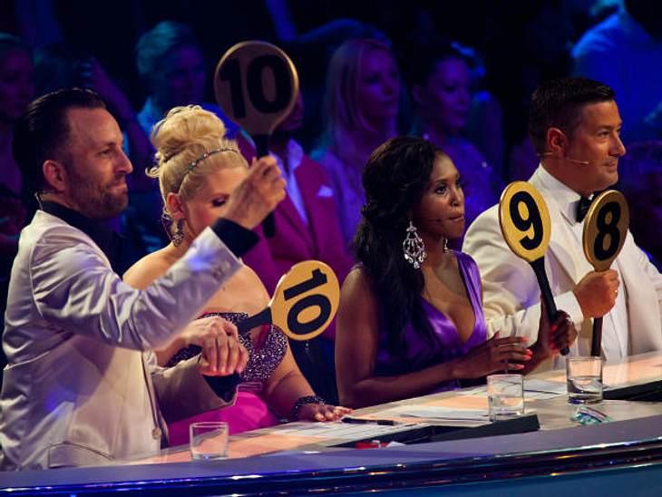 """Let's Dance"" 2012 - Die HighlightsDie Jury geizte diesmal nicht mit Punkten (v.l.n.r.: Roman Frieling, Maite Kelly, Motsi Mabuse, Joachim Llambi)"
