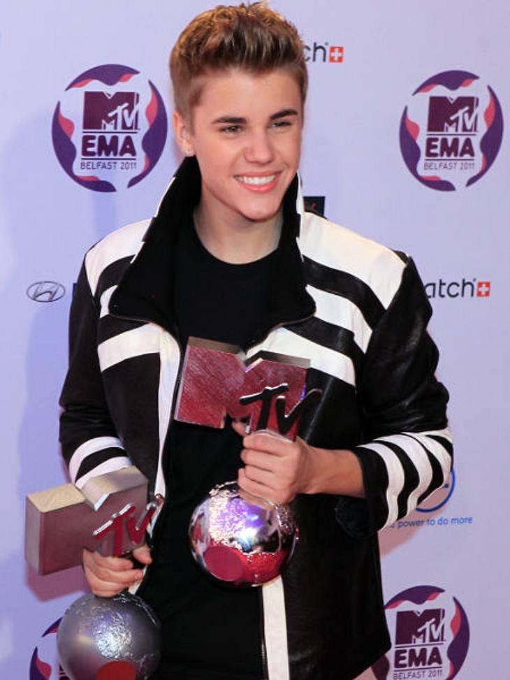 Vorher-Nachher: Die Kinderfotos der StarsJustin Bieber ein paar Jahre später. Er startet mit 15 Jahren als YouTube-Star. Heute heimst er einen Preis nach dem nächsten ein.