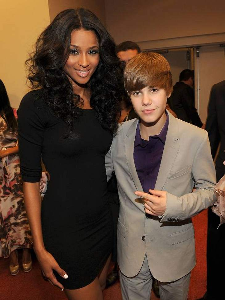 Justin Bieber soll sich laut seiner Mutter von Frauen fern halten