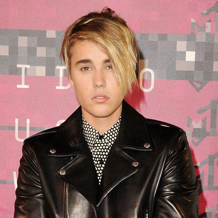 Justin Bieber Großer Auftritt Für Seine Neue Super Frisur Intouch