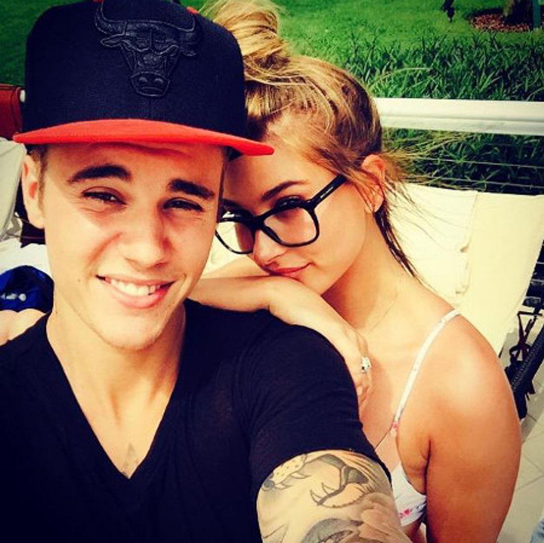 Justin Bieber kuschelt mit Hailey Baldwin