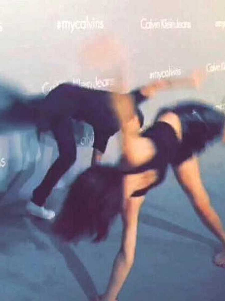 Justin Bieber & Kendall Jenner schlugen ein Rad auf dem Roten Teppich!