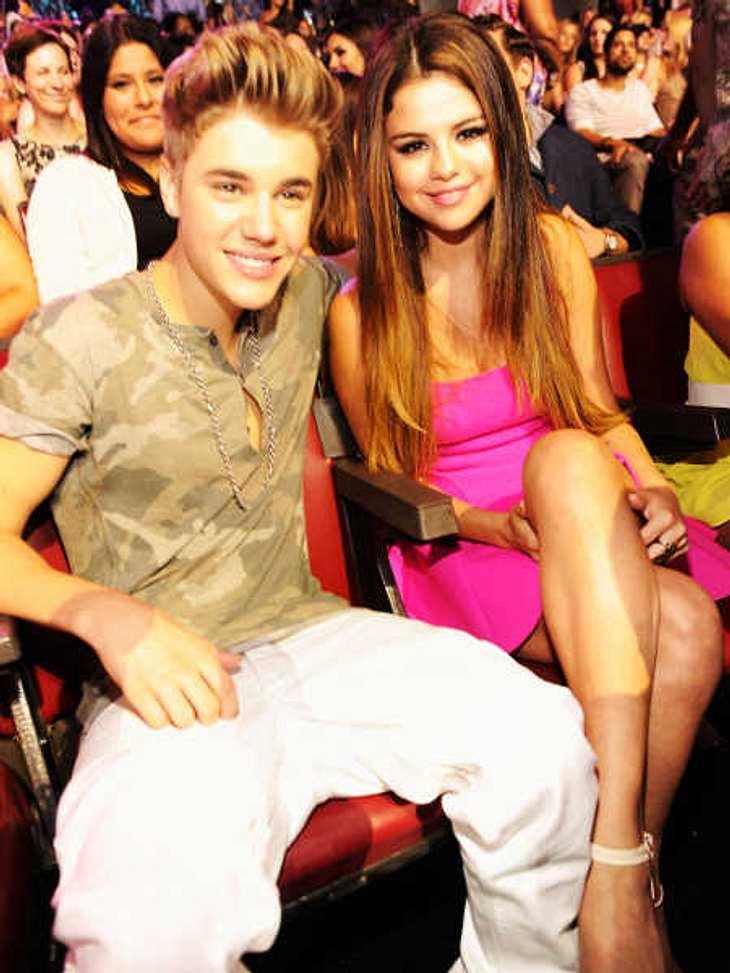 Justin Bieber hat Selena Gomez entjungfert!