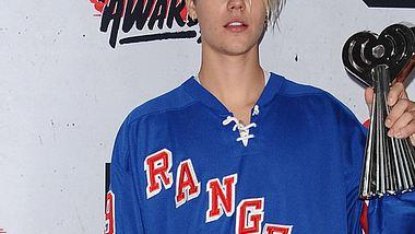 Justin Bieber ließ auf der Bühne den Tränen freien Lauf - Foto: Getty Images