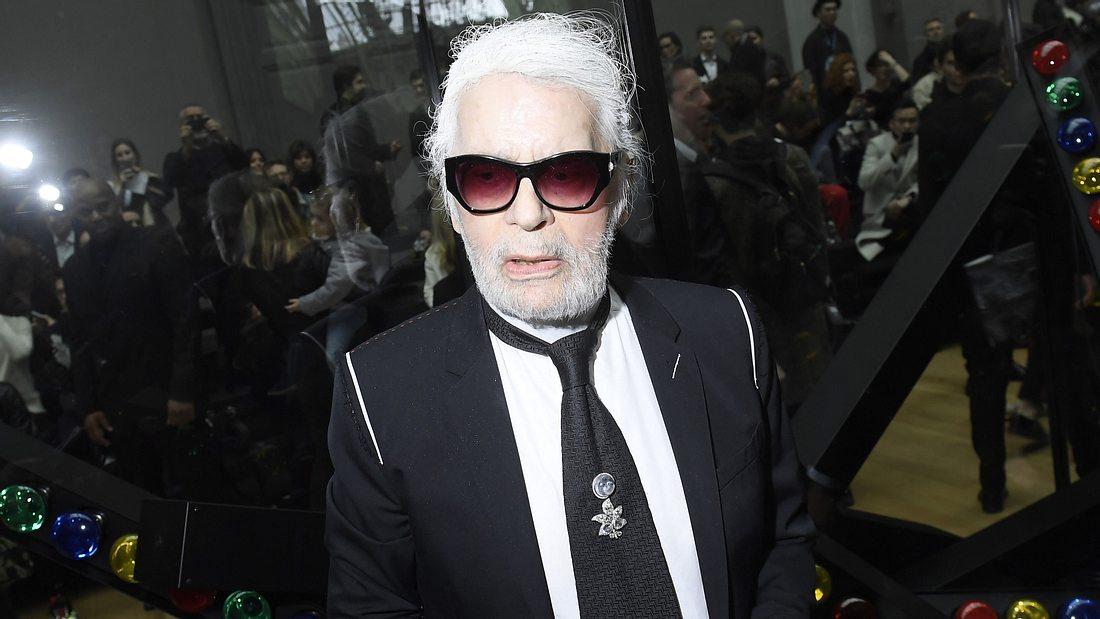 Karl Lagerfeld: Schock-Foto! Wie krank ist der Designer wirklich?