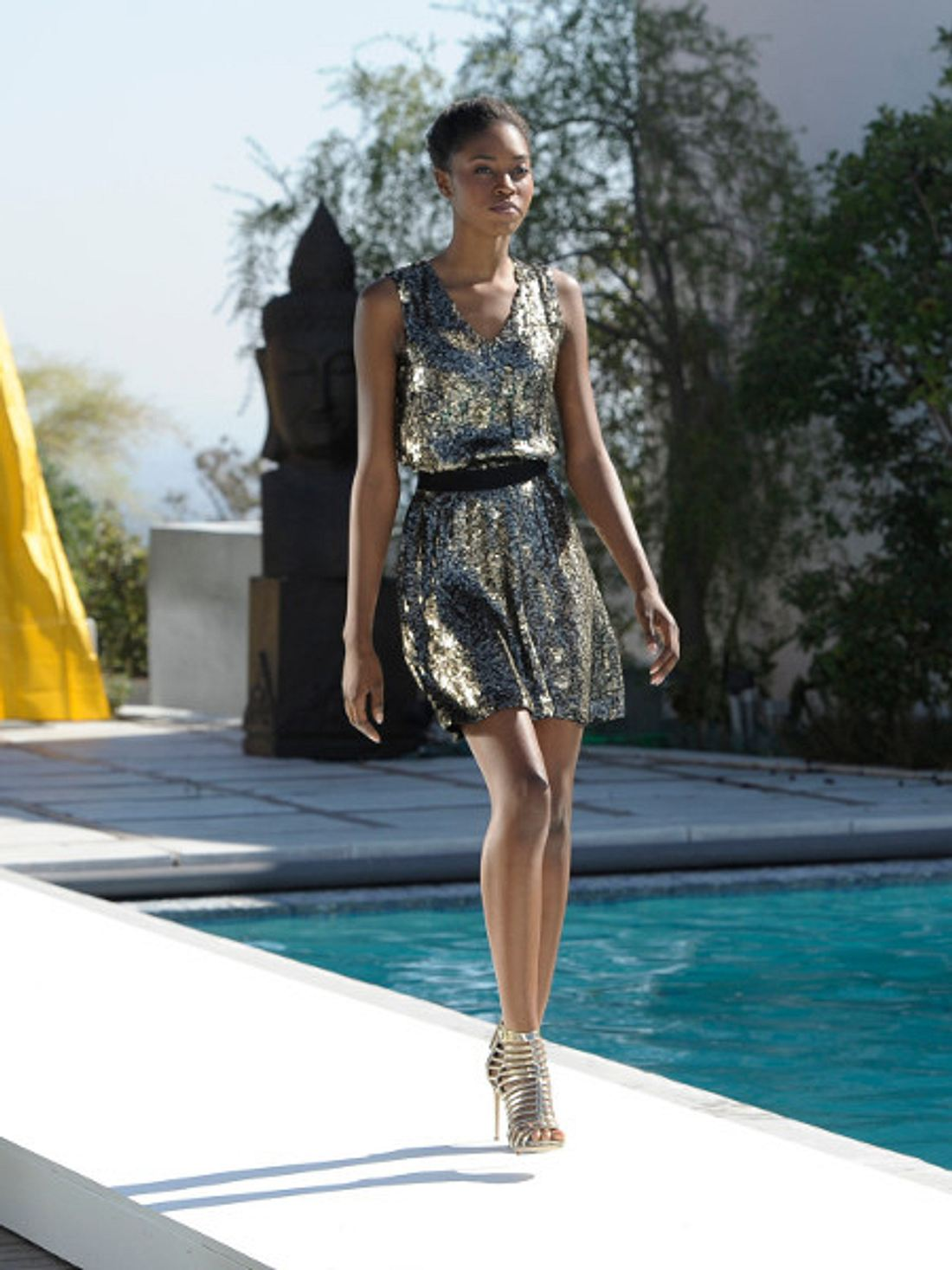 Karlin sieht Naomi Campbell verblüffend ähnlich