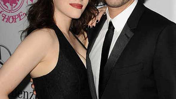 Kat Dennings & Josh Groban sind ein Paar - Foto: gettyimages