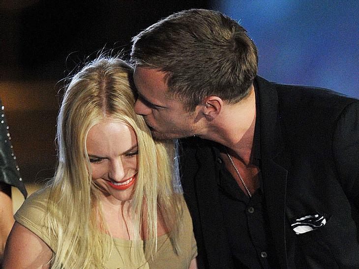 Noch gab's kein offizielles Liebesgeständnis von Kate Bosworth und Alexander Skarsgard. Wenn sie weiterhin so öffentlich turteln, braucht es das aber auch gar nicht mehr...