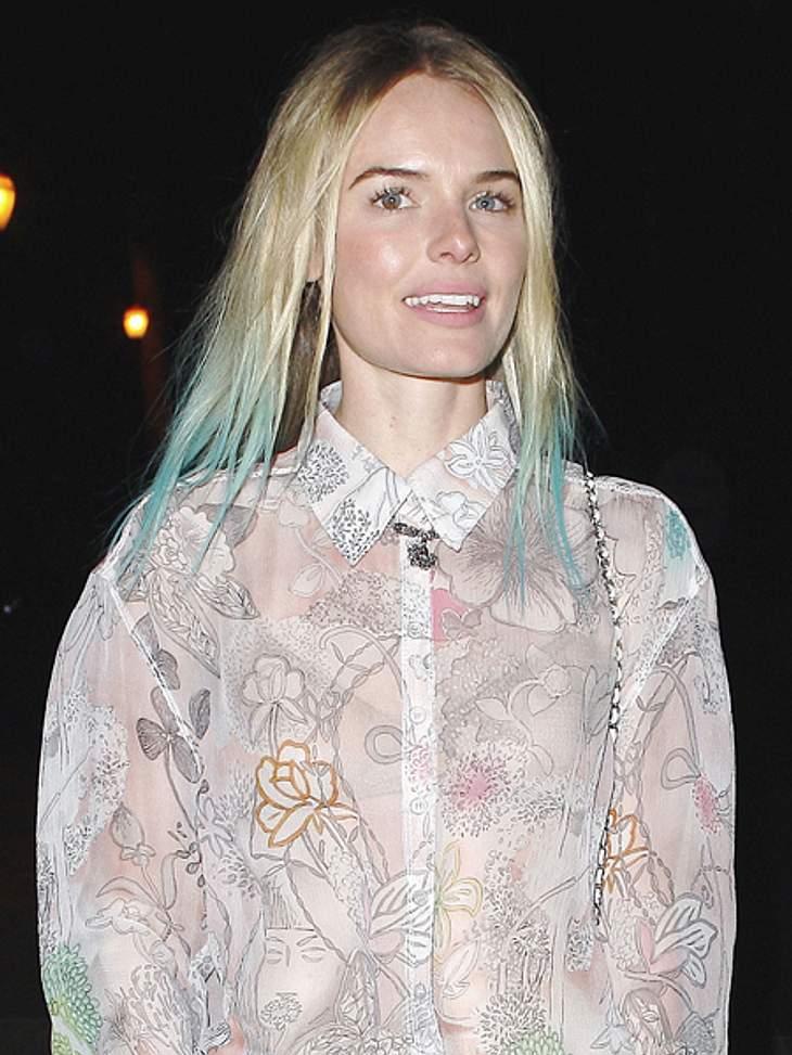 Buntlöckchen - Die Stars setzen auf bunte HaareEs muss aber nicht immer Rosa, Pink der Rot sein. Schauspielerin Kate Bosworth (29) färbte ihre Haarspitzen Türkis.