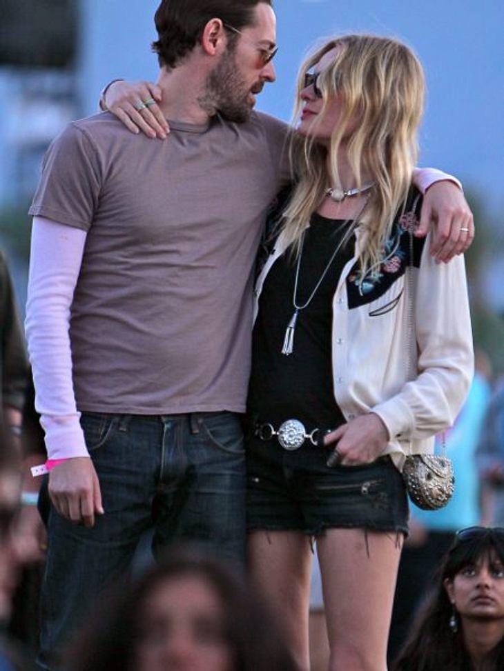 Coachella Festival 2012 Auch Kate Bosworth (29) hat das Festival zum Kuscheln genutzt.
