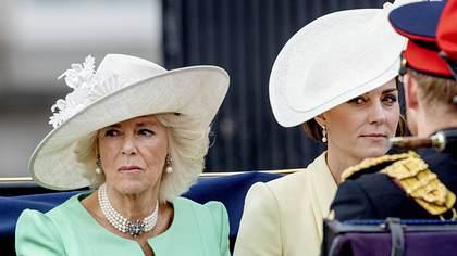 Kate und Camilla - Foto: IMAGO / PPE