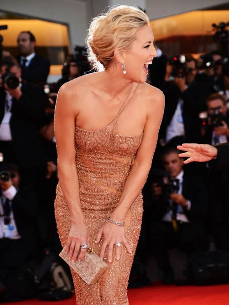 Die 69. Internationalen Filmfestspiele von Venedig Kate Hudson (33) sah auf dem roten Teppich einfach umwerfend aus. Und hatte sichtlich Spaß.