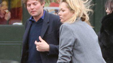 Hat Kate Moss Nikolai von Bismarck vor die Tür gesetzt? - Foto: Getty Images