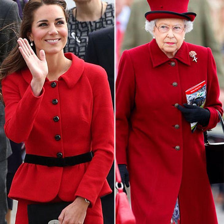 Kate und die Queen in königlichem ROT
