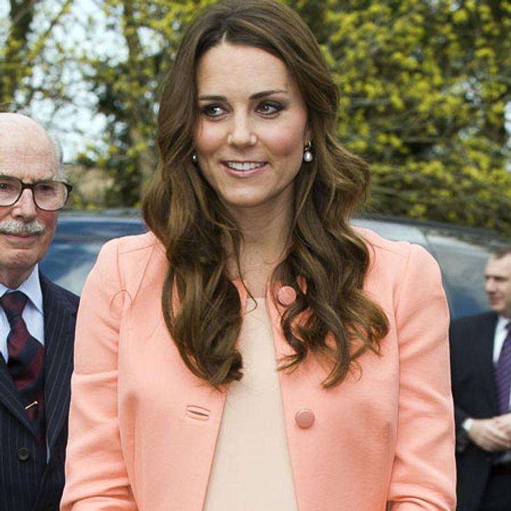 Angeblich wirft Camilla Parker Bowles Herzogin Kate Untreue vor und möchte einen Vaterschaftstest.