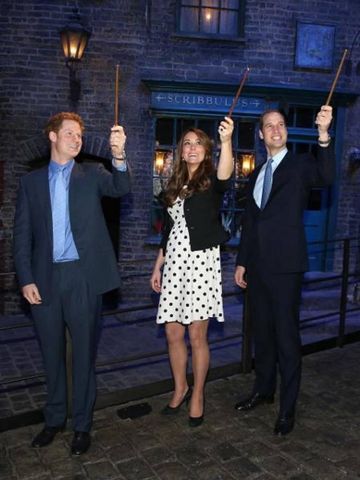Prinz Harry, Herzogin Catherine und Prinz William besuchen das Warner Bros. Studio
