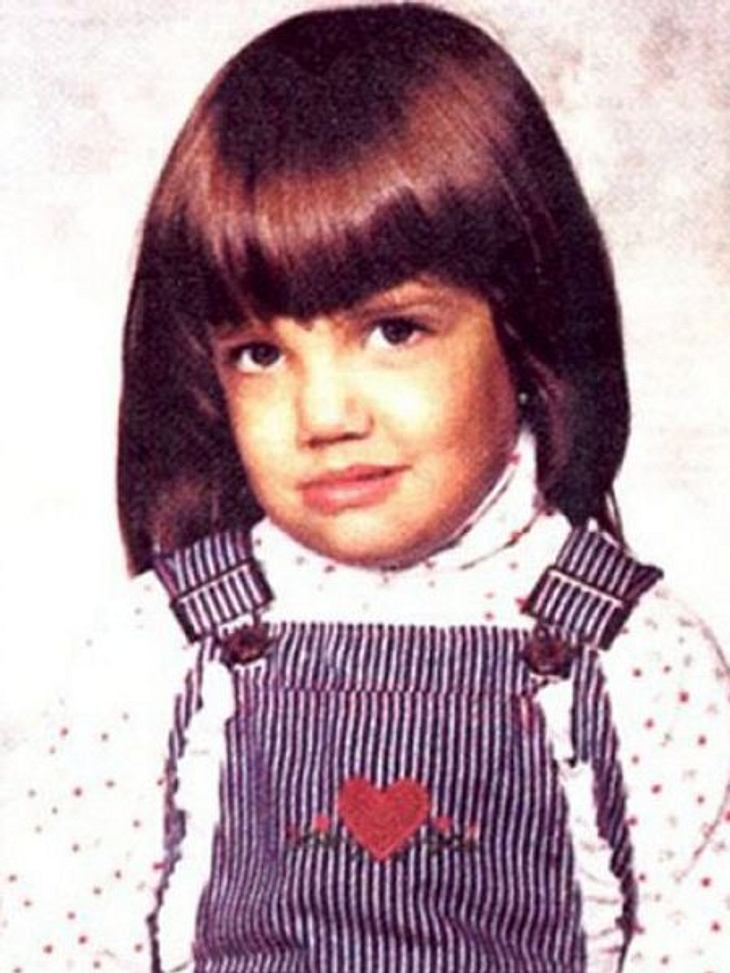 Die Kinderfotos der StarsEine gewisse Ähnlichkeit mit ihrer eigenen Tochter ist vorhanden. Kleiner Tipp: Die Schauspielerin ist frisch geschieden.