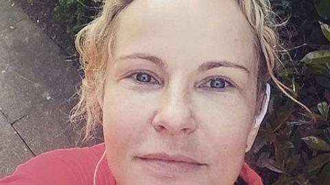Katja Burkard zeigt sich ungeschminkt - Foto: Facebook
