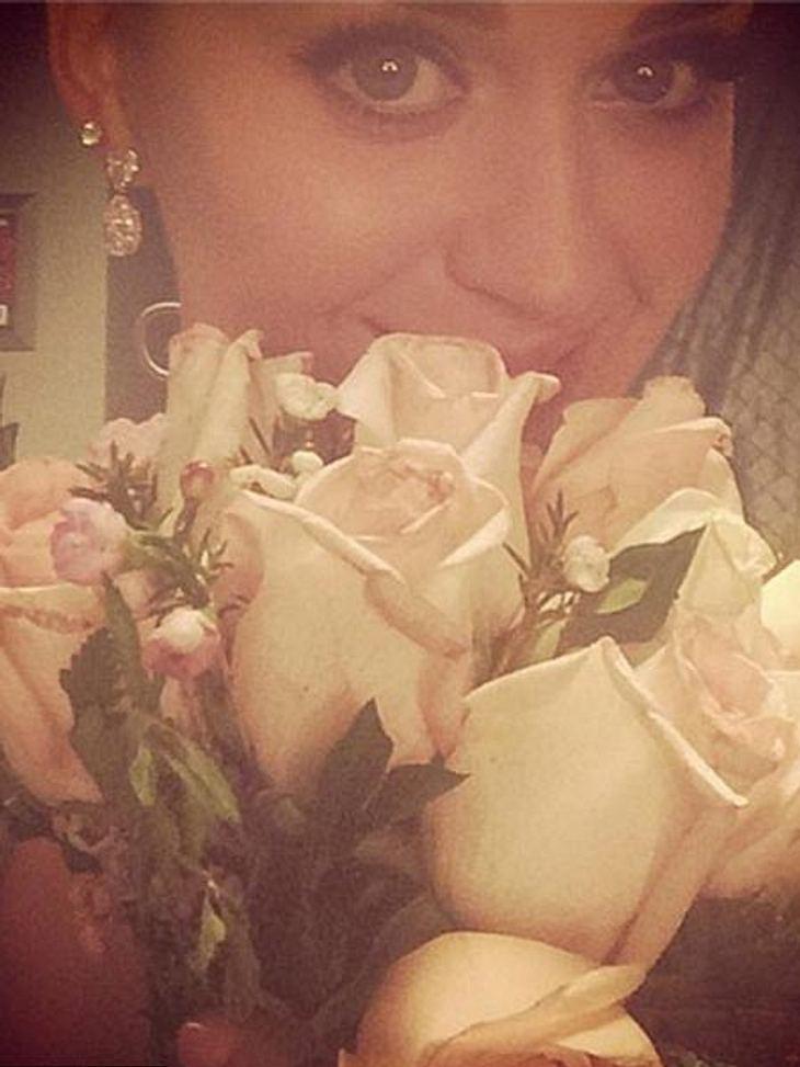Katy Perry war überglücklich den Brautstrauß gefangen zu haben.